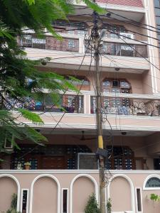 Gallery Cover Image of 1200 Sq.ft 3 BHK Independent Floor for rent in Sector 22 for 7000