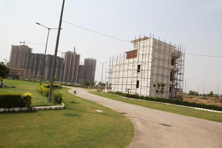Project Image of 1305.0 - 1827.0 Sq.ft Residential Plot Plot for buy in Gaursons Hi Tech 32nd Parkview Gaur Yamuna City
