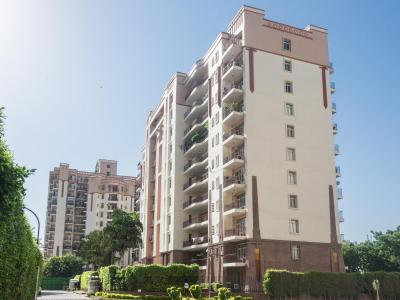 Gallery Cover Image of 240 Sq.ft 1 RK Apartment for buy in Suncity Essel Towers, Sushant Lok I for 2000000