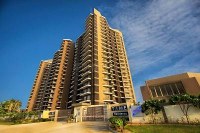 Gallery Cover Image of 2200 Sq.ft 4 BHK Apartment for rent in Dhoot Time Residency, Sector 63 for 45000