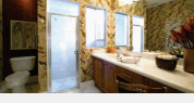 Gallery Cover Image of 1350 Sq.ft 3 BHK Apartment for rent in Avj Heightss, Zeta I Greater Noida for 14000