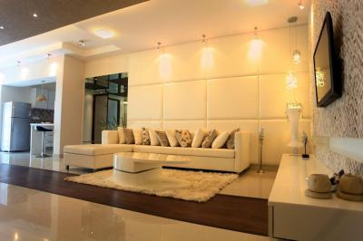 Gallery Cover Image of 2600 Sq.ft 4 BHK Apartment for rent in Magnificia, Mahadevapura for 57000