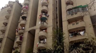 Gallery Cover Image of 1500 Sq.ft 3 BHK Apartment for rent in Express Apartment, Vaishali for 21000