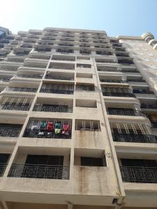 Gallery Cover Image of 752 Sq.ft 2 BHK Apartment for rent in Santacruz East for 48000