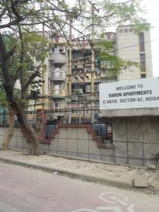Gallery Cover Image of 1350 Sq.ft 2 BHK Apartment for rent in Varun Apartments, Sector 62 for 14000