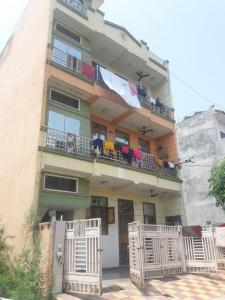 Project Image of 0 - 1205.0 Sq.ft 3 BHK Independent Floor for buy in Goel Apartment C - 264