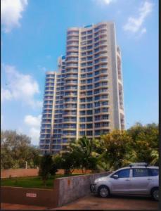 Gallery Cover Image of 1400 Sq.ft 3 BHK Apartment for rent in Rajesh Raj Splendour, Vikhroli West for 68000