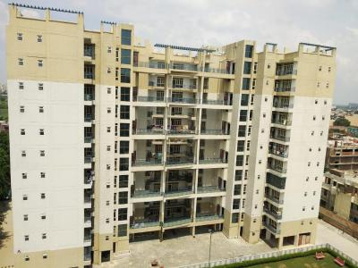 Gallery Cover Image of 1480 Sq.ft 3 BHK Apartment for rent in IFCI 21st Milestone Residency, Meerut Road Industrial Area for 16000