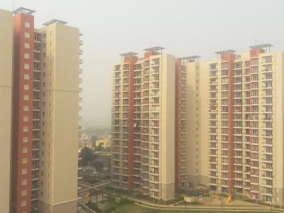 Gallery Cover Image of 225 Sq.ft 1 RK Apartment for rent in Mahindra Aura, Sector 110A for 5000