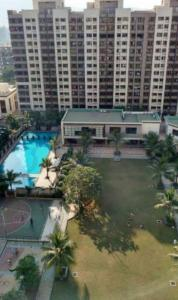 Gallery Cover Image of 1350 Sq.ft 3 BHK Apartment for rent in Kalpataru Riverside, Panvel for 25000