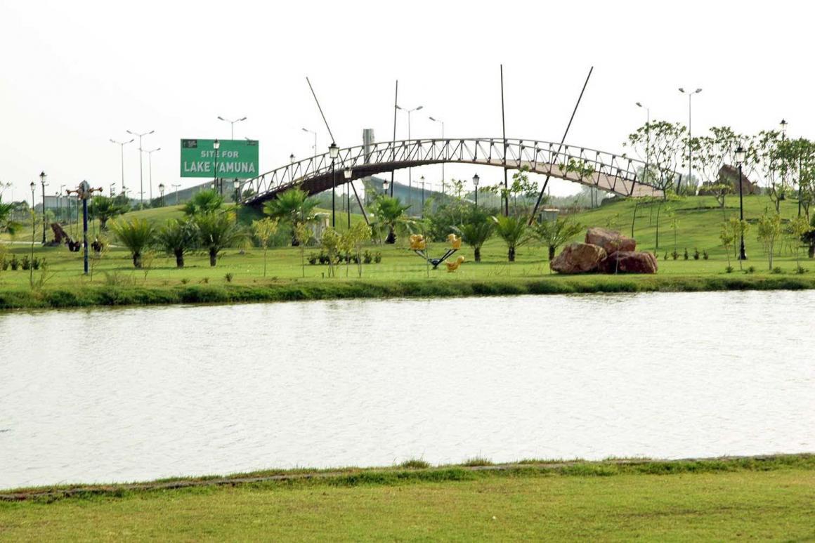 Gaur-Yamuna-City-Common-Images-(3).jpg