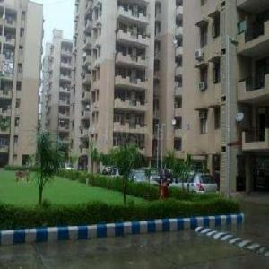 Gallery Cover Image of 1500 Sq.ft 4 BHK Independent Floor for rent in Ansal Sushant Apartment, Sushant Lok I for 50000
