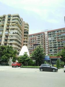 Gallery Cover Image of 1100 Sq.ft 2 BHK Apartment for rent in Gaursons Hi Tech Green Vista, Nyay Khand for 14000