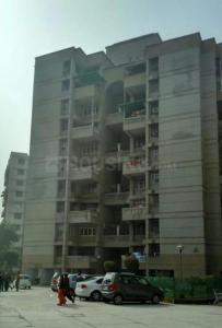 Gallery Cover Image of 1800 Sq.ft 3 BHK Apartment for rent in CGHS Gauri Ganesh Apartment, Sector 3 Dwarka for 26000