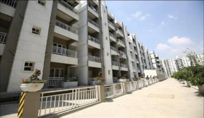 Gallery Cover Image of 1345 Sq.ft 2 BHK Apartment for buy in VARS Parkwood, Bellandur for 7982000