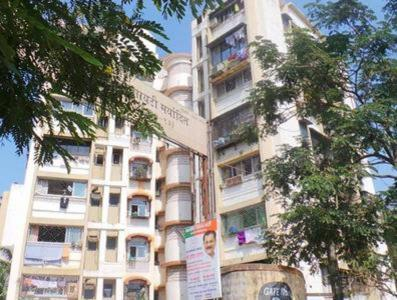 Gallery Cover Image of 1050 Sq.ft 2 BHK Apartment for rent in Asmita Jyoti CHS, Malad West for 30000