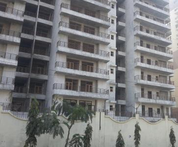 Gallery Cover Image of 1380 Sq.ft 3 BHK Apartment for rent in Vasu Fortune Residency, Raj Nagar Extension for 9000