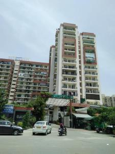Gallery Cover Image of 920 Sq.ft 2 BHK Apartment for buy in Gaursons Hi Tech Green Vista, Nyay Khand for 5200000
