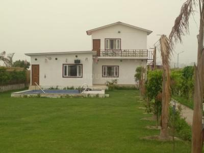 Gallery Cover Image of 1719 Sq.ft 3 BHK Independent Floor for buy in Dkrrish Green Beauty Farms, Nagli Sabapur for 9072500