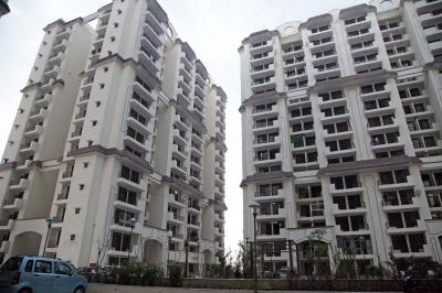 Gallery Cover Image of 900 Sq.ft 2 BHK Apartment for rent in Mahagun Mahagunpuram, Mahagunpuram for 7000