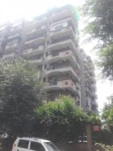 Gallery Cover Image of 1000 Sq.ft 2 BHK Apartment for rent in Gaur Green City, Vaibhav Khand for 15000