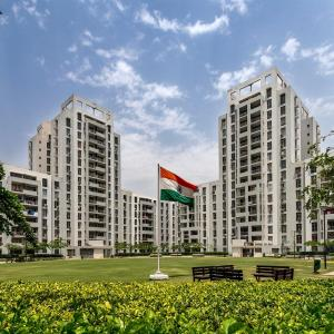 Gallery Cover Image of 1735 Sq.ft 3 BHK Apartment for buy in Vatika Lifestyle Homes, Sector 83 for 8300000