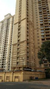 Gallery Cover Image of 2425 Sq.ft 4 BHK Apartment for rent in Hiranandani Estate for 65000