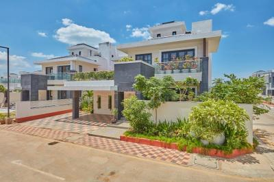 Gallery Cover Image of 1600 Sq.ft 3 BHK Villa for rent in Prestige Silver Springs, Panaiyur for 36000