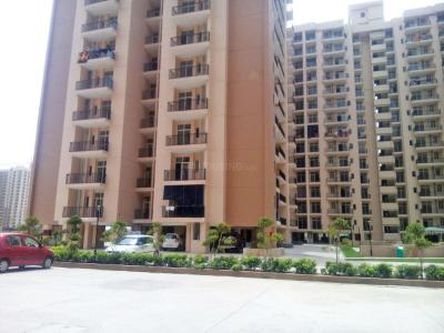 Gallery Cover Image of 1620 Sq.ft 3 BHK Apartment for rent in Skytech Matrott, Sector 76 for 20000