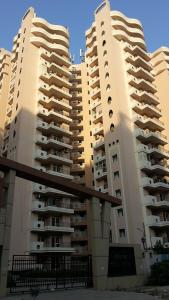 Gallery Cover Image of 1725 Sq.ft 3 BHK Apartment for rent in Keltech Golf Vista, Crossings Republik for 8000
