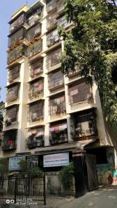 Gallery Cover Image of 1100 Sq.ft 2 BHK Apartment for rent in Shubh Apartments, Chembur for 40000