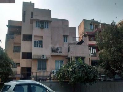 Gallery Cover Image of 250 Sq.ft 1 RK Independent House for rent in DDA Flats, Sarita Vihar for 3500