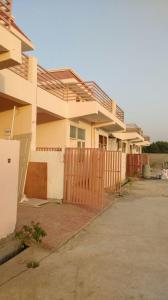 Gallery Cover Image of 1350 Sq.ft 3 BHK Independent Floor for buy in Mehak Eco City Villas, Wave City for 2450000