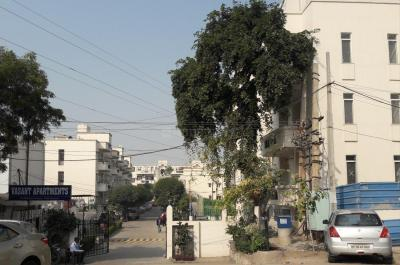 Gallery Cover Image of 981 Sq.ft 2 BHK Apartment for buy in  Vasant Apartment, Sector 13 for 7500000