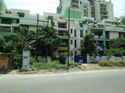 Gallery Cover Image of 1680 Sq.ft 3 BHK Apartment for rent in Gaur Green Avenue Apartments, Abhay Khand for 23000