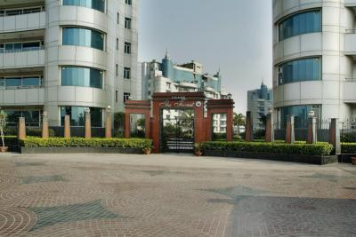 Gallery Cover Image of 4100 Sq.ft 4 BHK Apartment for buy in Omaxe The Forest, Sector 92 for 30000000