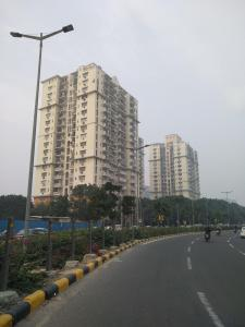 Gallery Cover Image of 2250 Sq.ft 4 BHK Apartment for rent in Eros Belvedere Tower, DLF Phase 3 for 60000