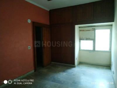 Gallery Cover Image of 1000 Sq.ft 2 BHK Apartment for rent in Shipra Sun City, Shipra Suncity for 12000