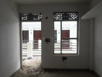 Gallery Cover Image of 300 Sq.ft 1 RK Apartment for rent in DLF Phase 1 for 10000