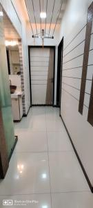 Gallery Cover Image of 1150 Sq.ft 3 BHK Apartment for rent in Boulevard, Ghatkopar West for 65000