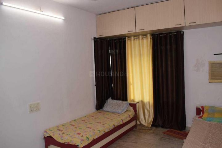 मलाड वेस्ट में मुंबई पीजी में बेडरूम की तस्वीर