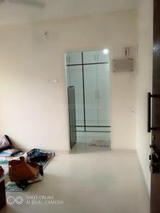 Gallery Cover Image of 400 Sq.ft 1 RK Apartment for rent in Mayfair Hillcrest, Vikhroli West for 23000