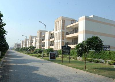 Gallery Cover Image of 2700 Sq.ft 3 BHK Independent Floor for buy in Sector 81 for 8200000