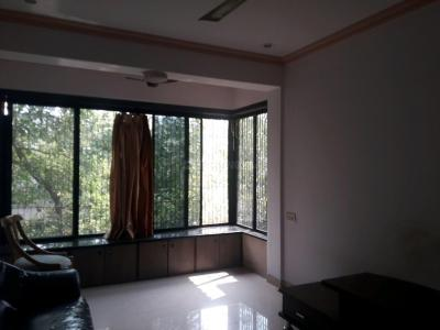 Gallery Cover Image of 750 Sq.ft 2 BHK Apartment for rent in Jai Avadhpuri Cooperative Housing Society, Goregaon West for 28000
