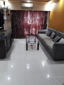 Gallery Cover Image of 985 Sq.ft 2 BHK Apartment for rent in Mahavir Classic Apartment, Andheri East for 40000