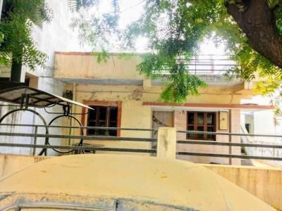 Gallery Cover Image of 1500 Sq.ft 1 BHK Independent Floor for buy in Ranip for 7500000