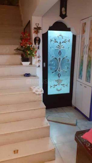 धरमवीर नगर में नॉट एप्लीकेबल में सीढ़ी की तस्वीर