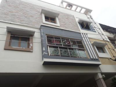 Gallery Cover Image of 1350 Sq.ft 3 BHK Apartment for rent in Velachery for 25000