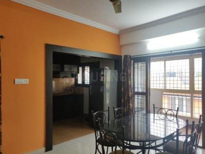 Gallery Cover Image of 1200 Sq.ft 2 BHK Apartment for rent in Ejipura for 30000