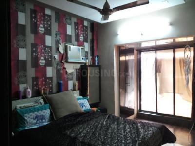 Gallery Cover Image of 800 Sq.ft 1 BHK Apartment for rent in Kandivali West for 24000